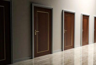 dostawca drzwi